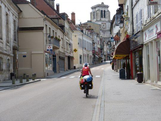 Fietsreis fietsbedevaart fietsblog reisverslag review Santiago de Compostela Tonnerre