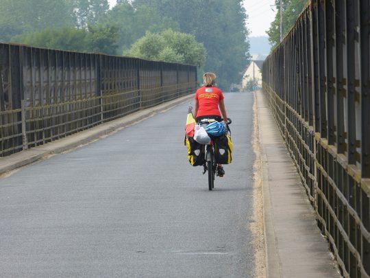 Fietsreis fietsbedevaart fietsblog reisverslag review Santiago de Compostela Loirebrug