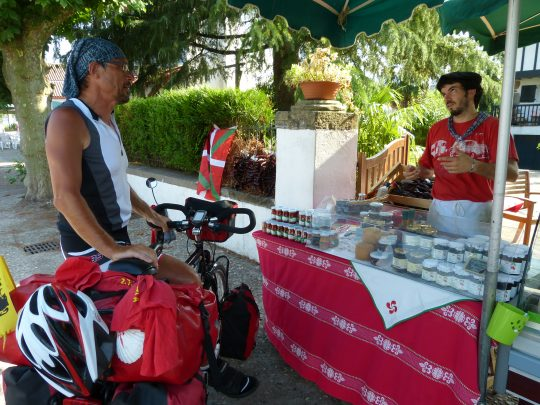 Fietsreis fietsbedevaart fietsblog reisverslag review Santiago de Compostela Baskenland Espelette
