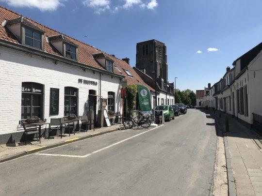 Riante Polderroute fietsroute fietsblog polders Oostkerke dorp