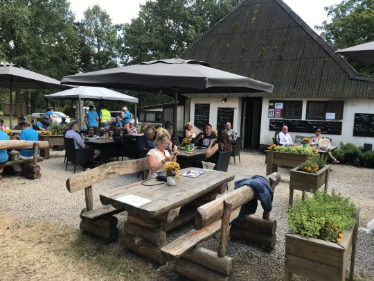 Fietsroute review fietsblog De Schuur terras verblijfsark Baskwadder Brouwerij Leysen