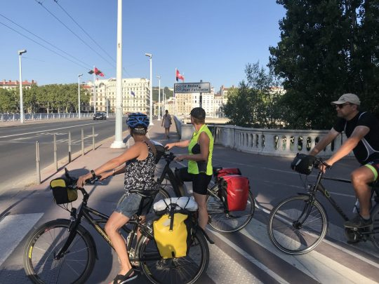 Fietsreis reisverslag viarhona viarhôna dagboek Lyon brug
