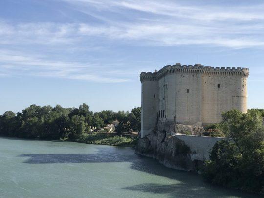 Fietsreis reisverslag viarhona dagboek Tarascon kasteel