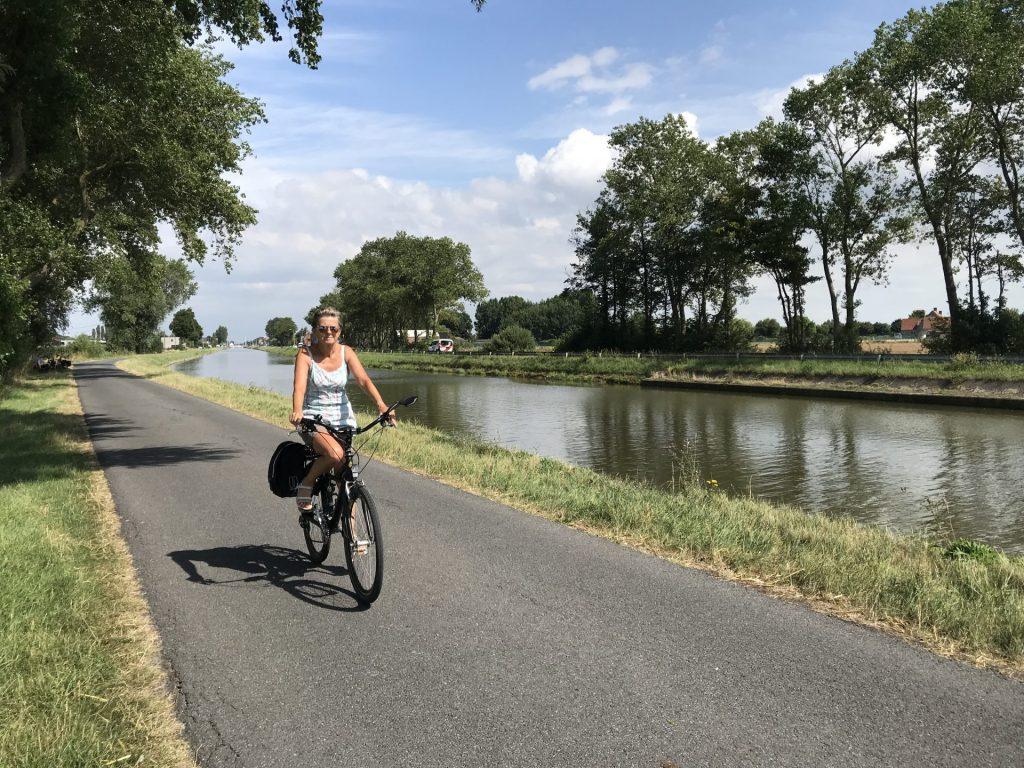 Ontdek de middenkust en het hinterland - Genieten op 2 wielen - Fietsroute  reviews van Herman De Wulf