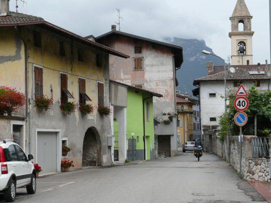 Fietsreis fietsroute review reisverslag fietsbedevaart Romereis Adige