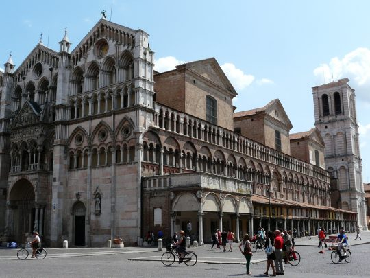 Fietsreis fietsroute review reisverslag fietsbedevaart Romereis Ferrara