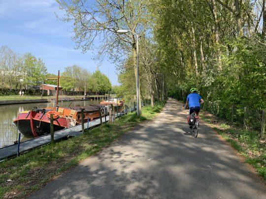 Fietsroute, fietsblog, review, roze olifant, Merelbeke, Liedermeerspark