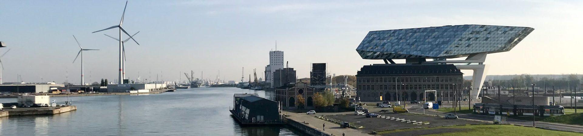 Fietsroute, fietsblog, review, Antwerpen, haven, havengebouw