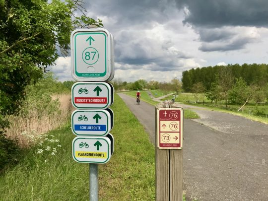 Fietsroute fietsblog review fietslus fietsverslagen Scheldeland Dendermonde Schelderoute Vlaanderenroute Kunststedenroute