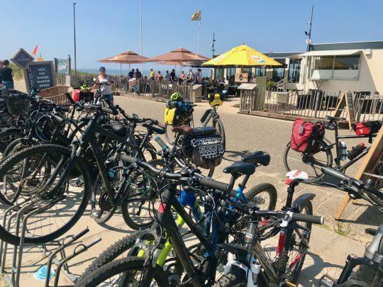 Fietsroute, fietsblog, review, fietsverslag, LF Kustroute, Zeeland, Walcheren, View strandpaviljoen, Veerse Gat, Veerse Meer